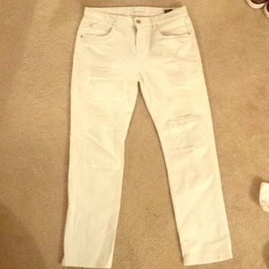 White cropped distressed 7 for all mankind jeans